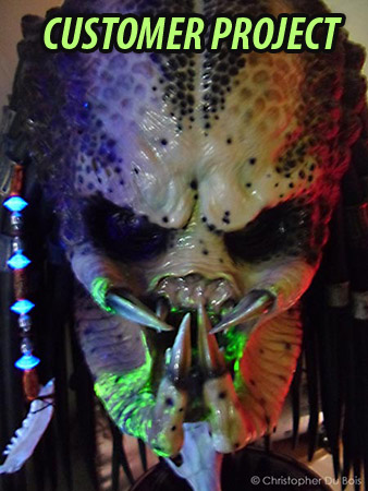 Special Blacklight Glowing Effects - Glowing Blood Effect Predator / Alien Effects With Blacklight